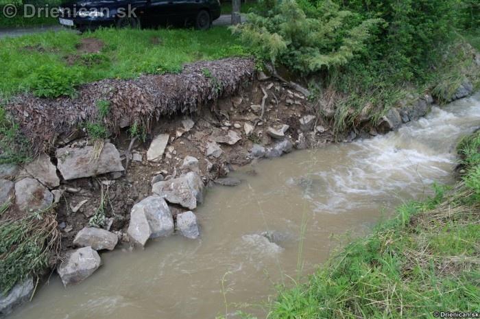 Drienica 3 stupen povodnovej aktivity 8 jun 2012_25