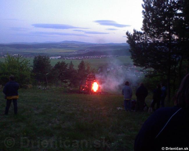 Palenie vatry oslobodenia_04