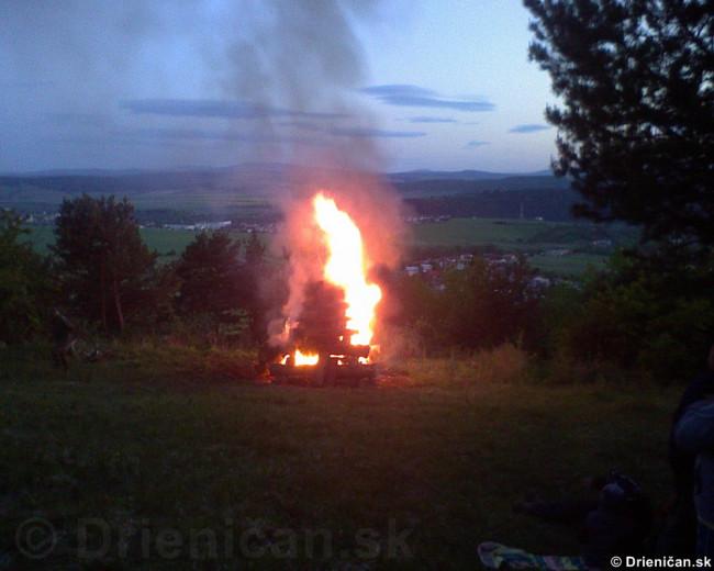 Palenie vatry oslobodenia_08