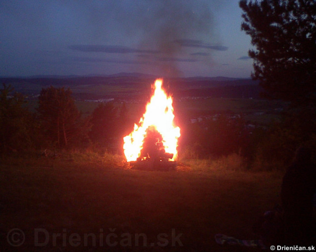 Palenie vatry oslobodenia_15