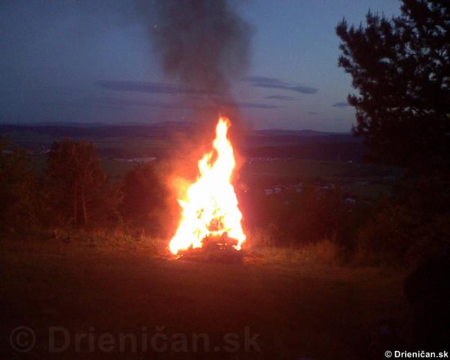 Palenie vatry oslobodenia_16