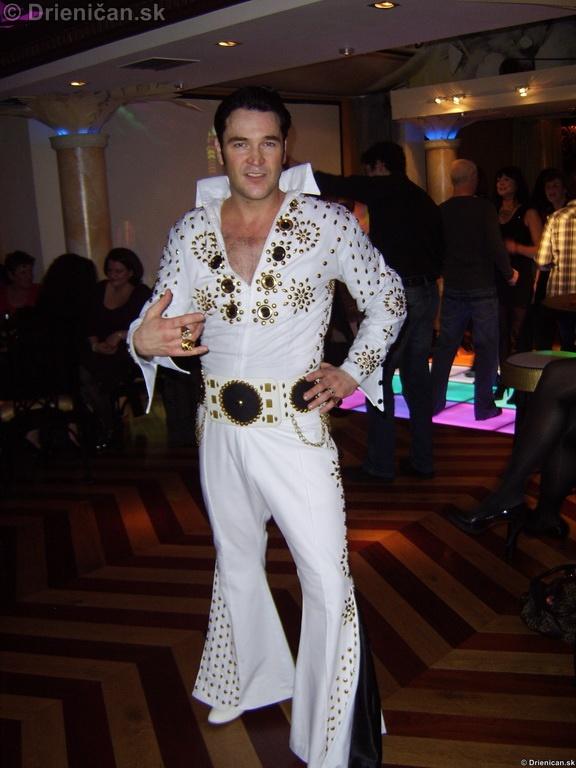 Elvis Presley_12