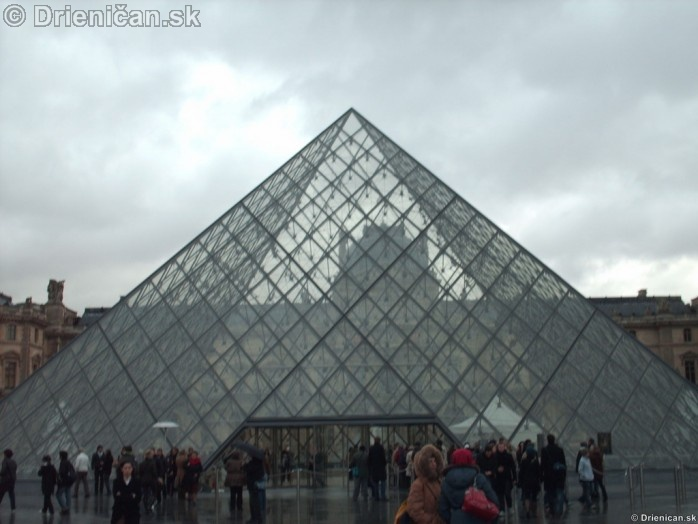 Louvre Paris France_14