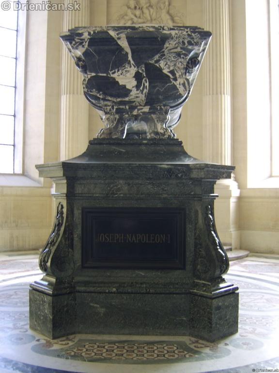 Napoleon Bonaparte Tomb_22