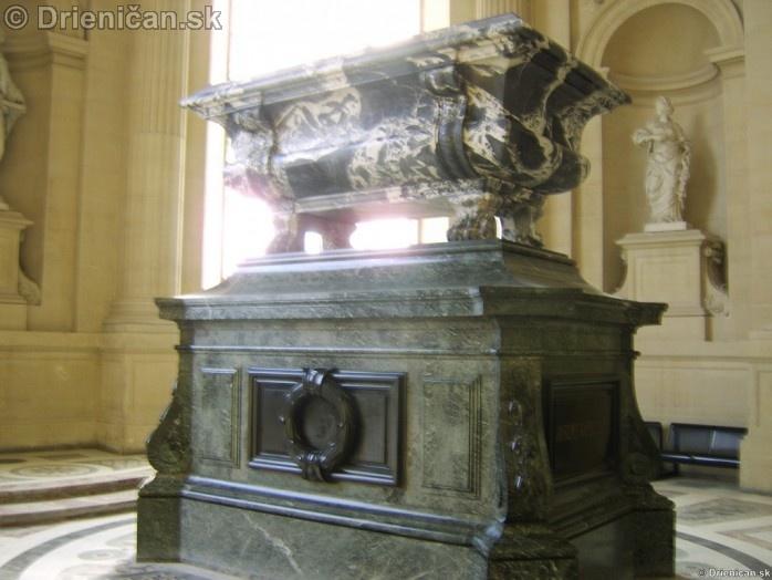 Napoleon Bonaparte Tomb_23