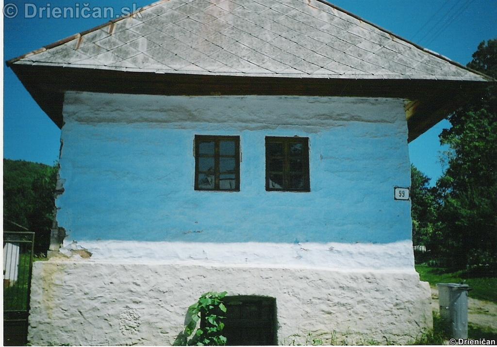 Starý dom v Drienici