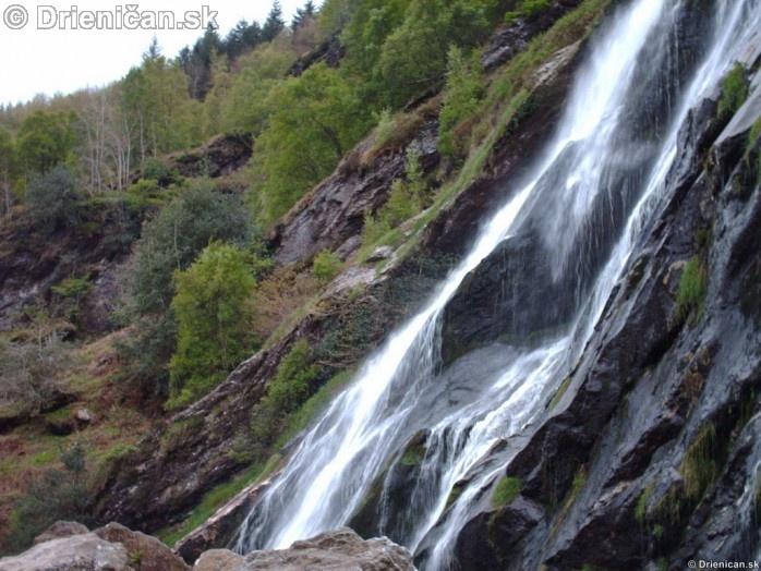 Wicklow waterfall_09