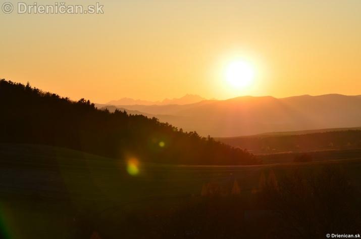 Zapad slnka nad Tatrami_02