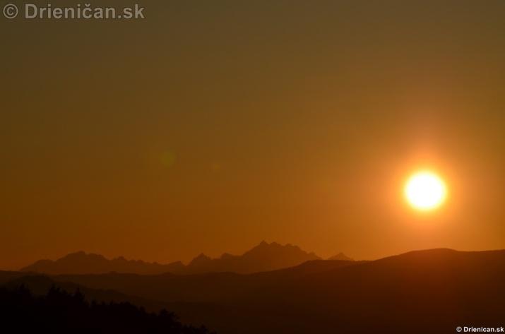 Zapad slnka nad Tatrami_03