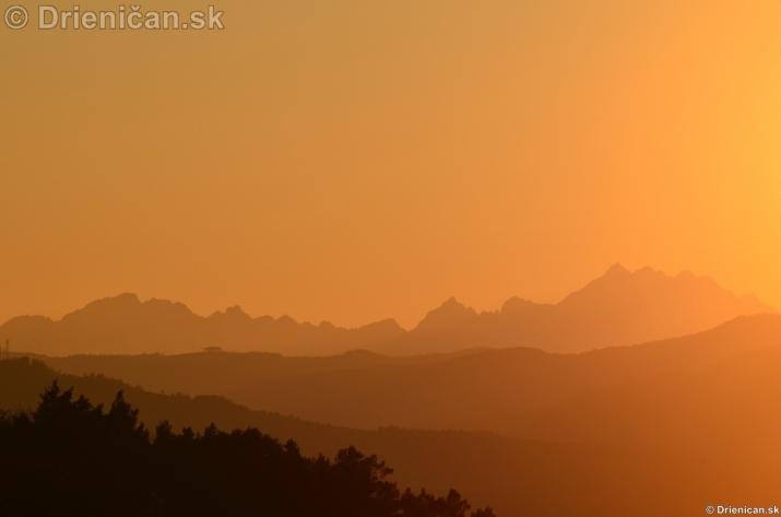 Zapad slnka nad Tatrami_04