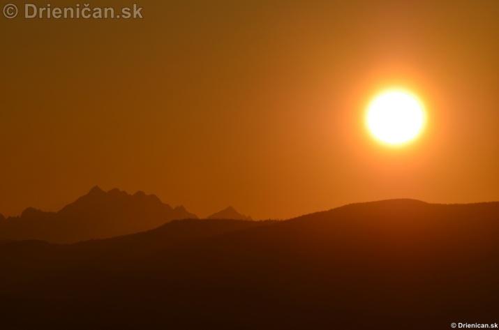 Zapad slnka nad Tatrami_05