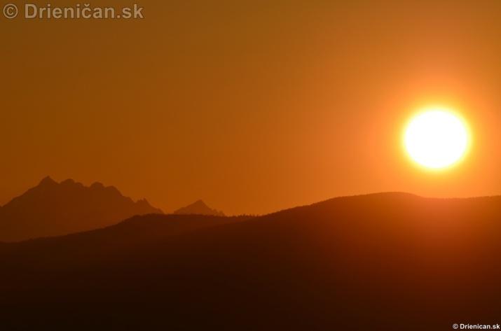 Zapad slnka nad Tatrami_09