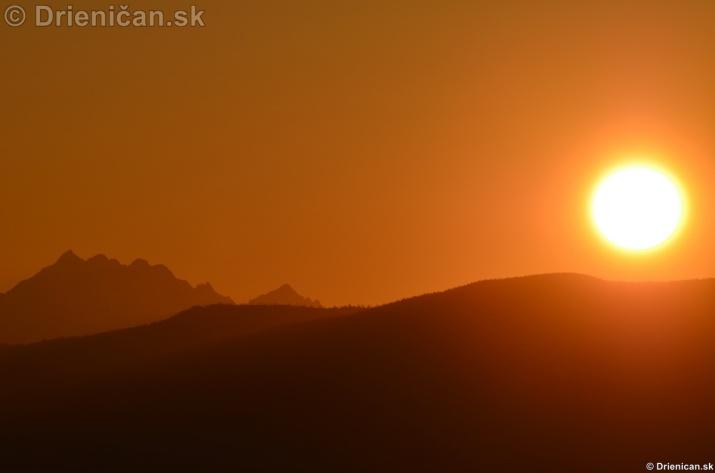 Zapad slnka nad Tatrami_10