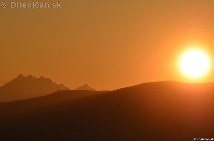 Zapad slnka nad Tatrami_11