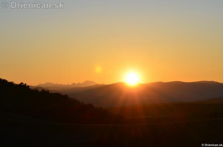Zapad slnka nad Tatrami_12