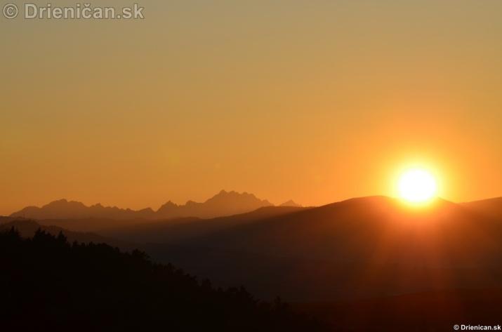 Zapad slnka nad Tatrami_13