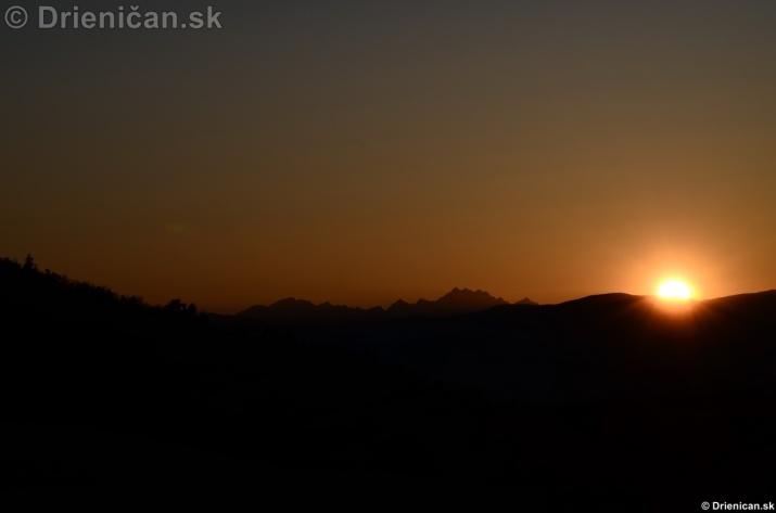 Zapad slnka nad Tatrami_16