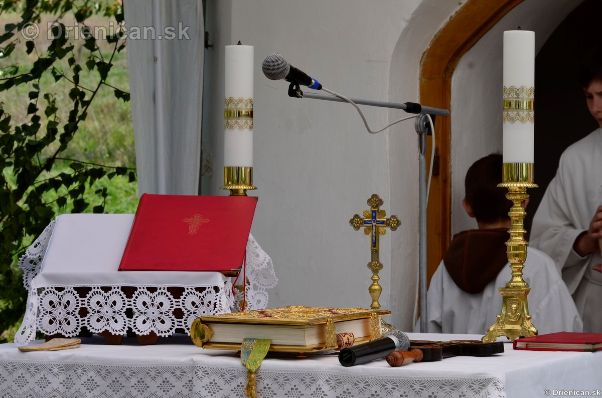 Bohosluzba pri Kaplicke v Drienici,2012_36