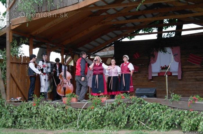 3 stretnutie folkloristov z Hornej Torysy 2012_65