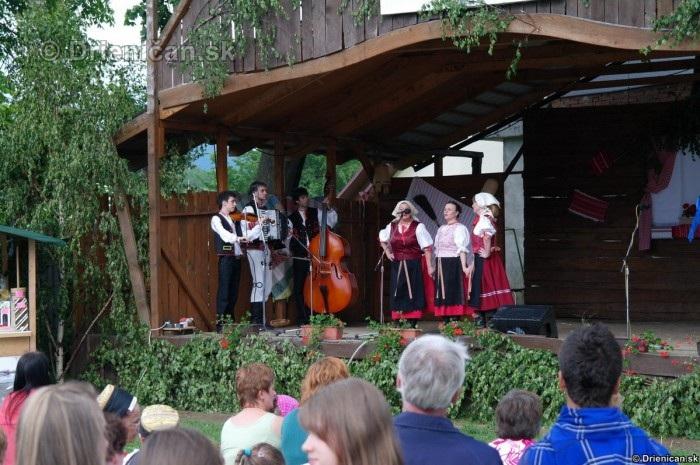 3 stretnutie folkloristov z Hornej Torysy 2012_68