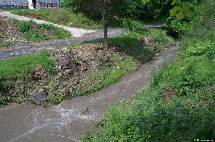 Drienica 3 stupen povodnovej aktivity 8 jun 2012_02