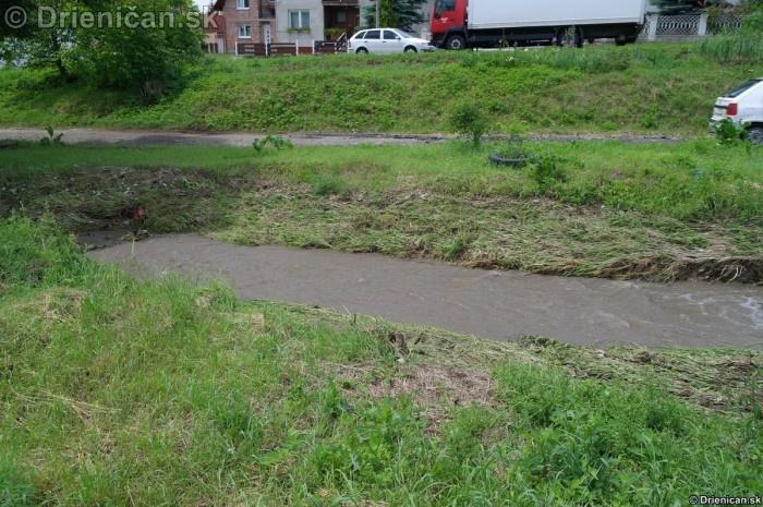 Drienica 3 stupen povodnovej aktivity 8 jun 2012_04