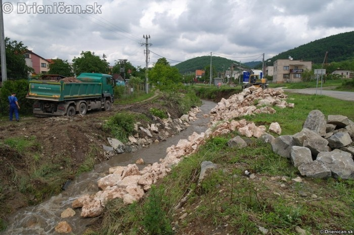 Drienica 3 stupen povodnovej aktivity 8 jun 2012_09