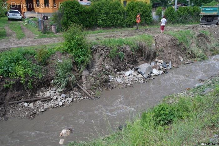 Drienica 3 stupen povodnovej aktivity 8 jun 2012_10