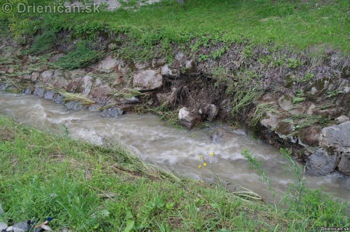 Drienica 3 stupen povodnovej aktivity 8 jun 2012_19