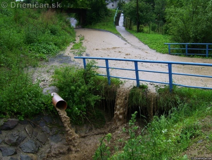 Zaplavený most, vyšný koniec