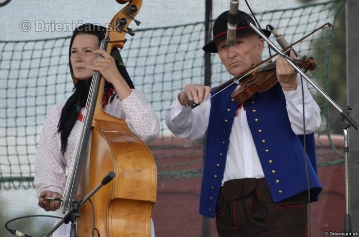 Folklorny festival v Lutine 2012_04
