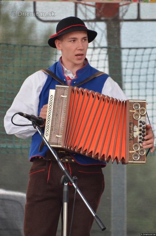 Folklorny festival v Lutine 2012_06