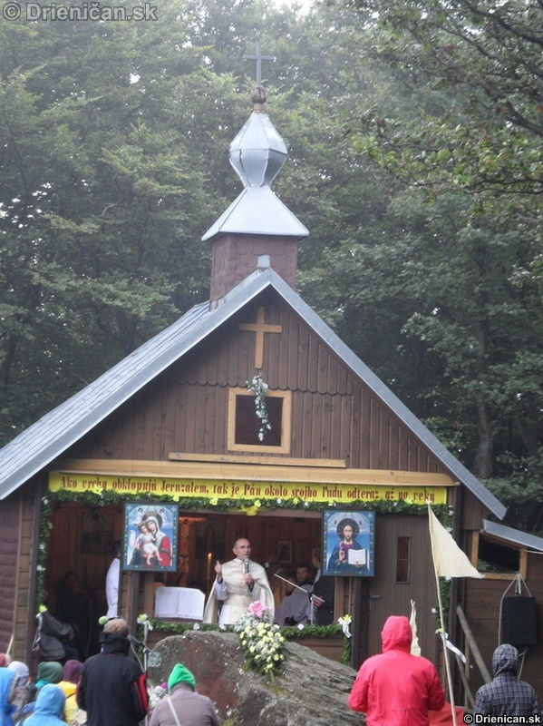 Svata liturgia pri Oltar Kameni 2012_08