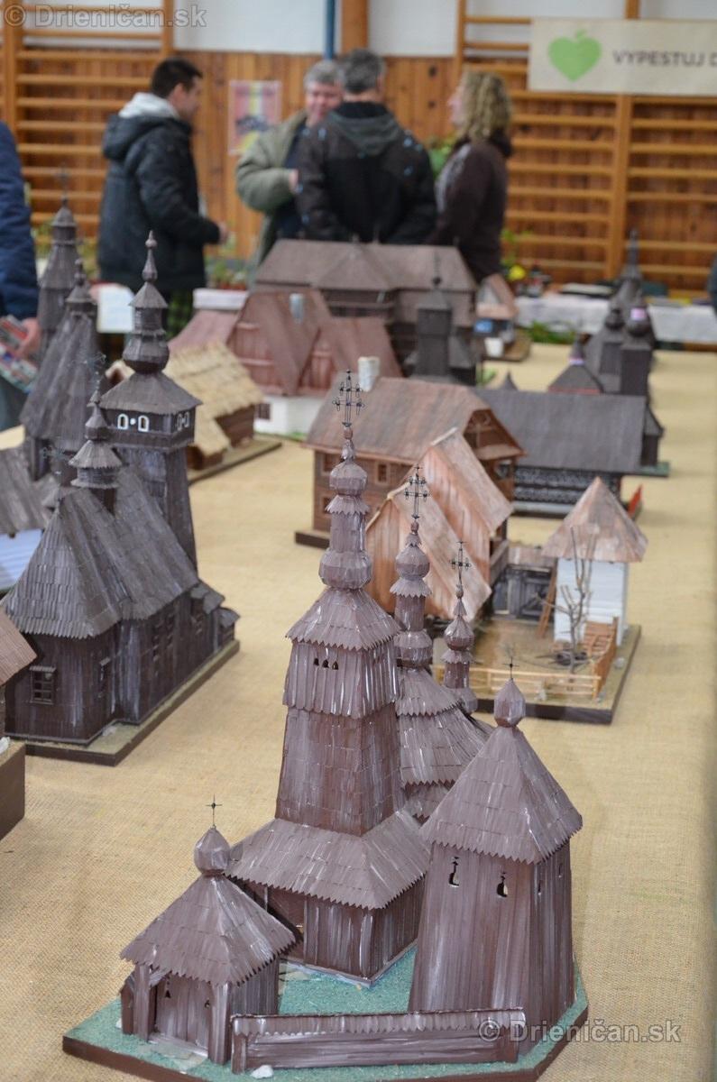 ABC stavebnictva Presov,miniatury kostolov,hradov a ludovej architektury_02