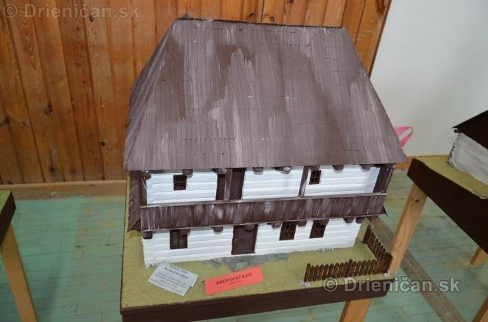 ABC stavebnictva Presov,miniatury kostolov,hradov a ludovej architektury_04