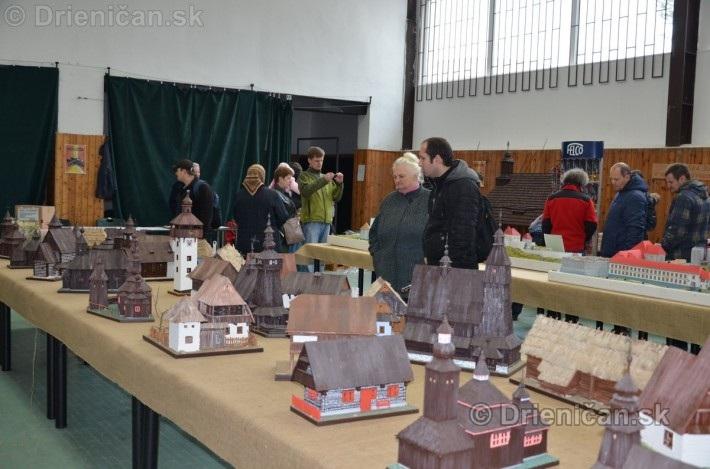 ABC stavebnictva Presov,miniatury kostolov,hradov a ludovej architektury_09