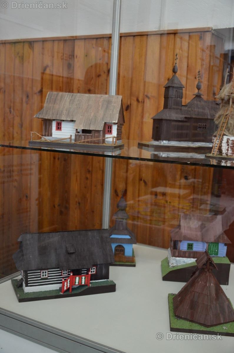 ABC stavebnictva Presov,miniatury kostolov,hradov a ludovej architektury_17