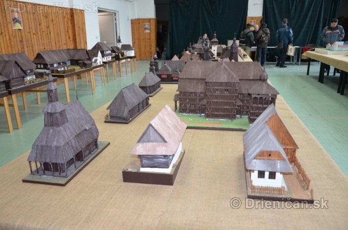 ABC stavebnictva Presov,miniatury kostolov,hradov a ludovej architektury_30