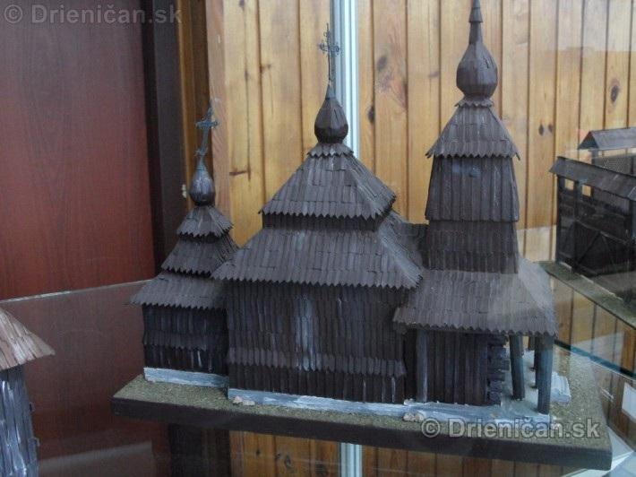 ABC stavebnictva Presov,miniatury kostolov,hradov a ludovej architektury_46