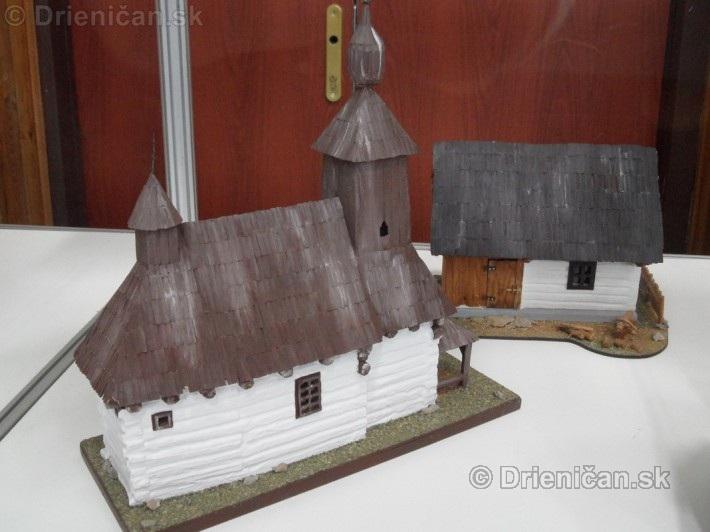 ABC stavebnictva Presov,miniatury kostolov,hradov a ludovej architektury_47