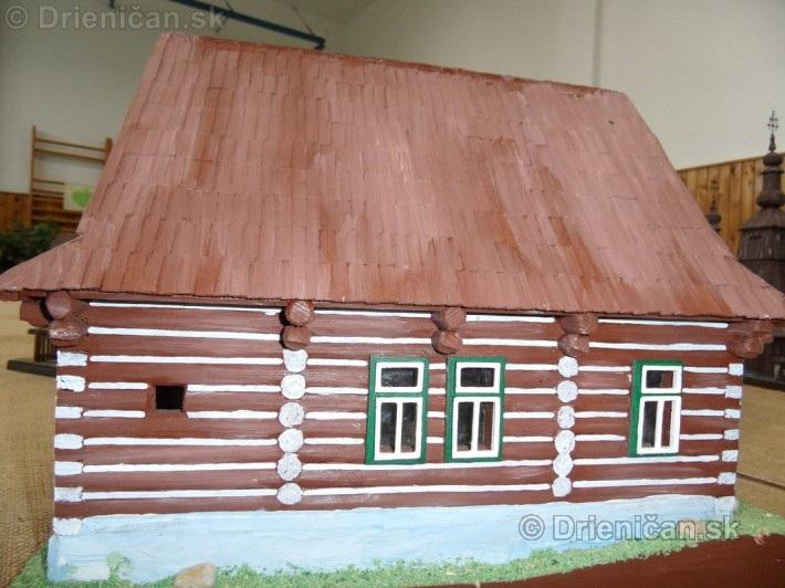 ABC stavebnictva Presov,miniatury kostolov,hradov a ludovej architektury_57