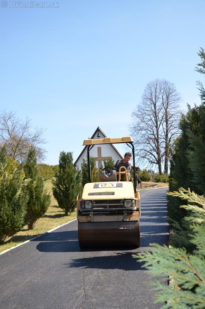 asfaltovanie cesty na cintorin drienica_14
