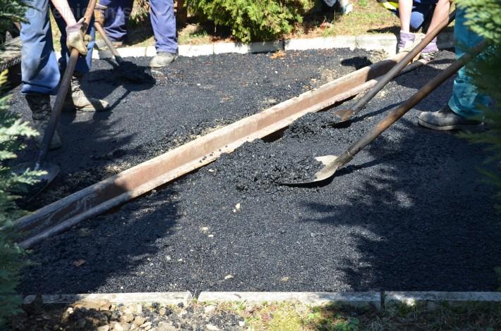 asfaltovanie cesty na cintorin drienica_15