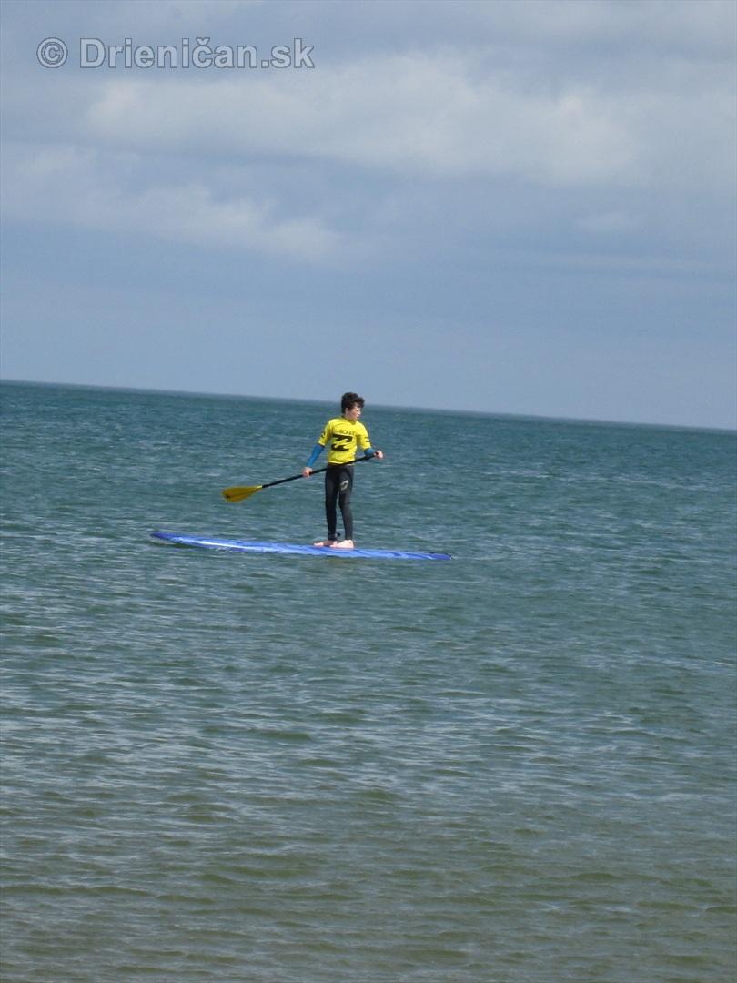 Surf, sa dá použiť aj ako plť, prečo nie ?