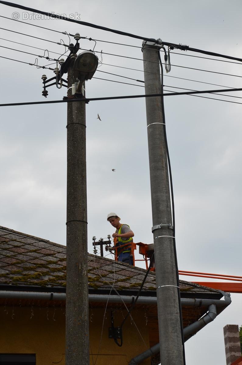 elektrikari na drienici_04