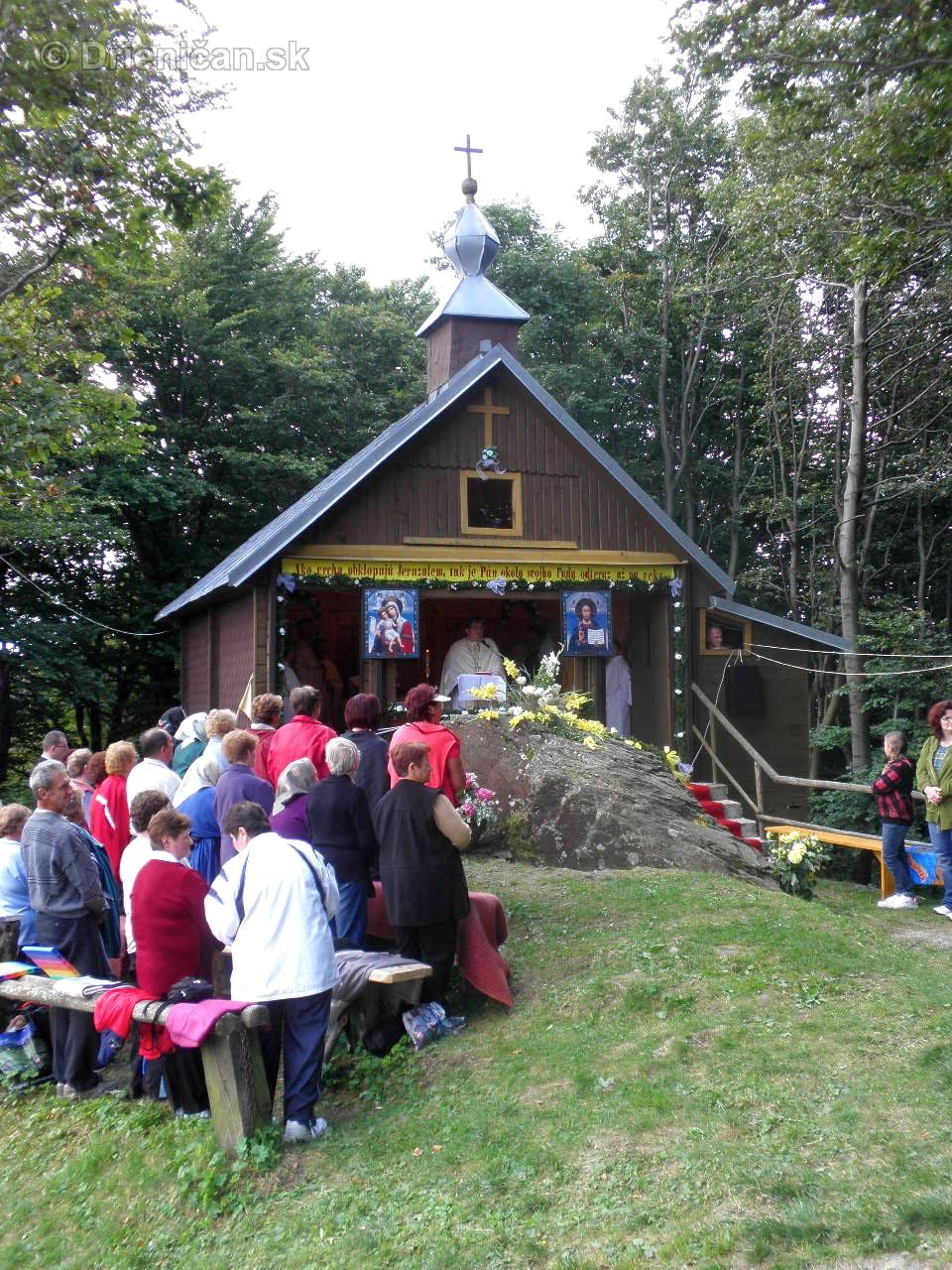 oltar kamen bohosluzba 2011_07
