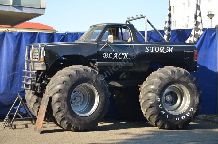 Monster Truck - Black Storm