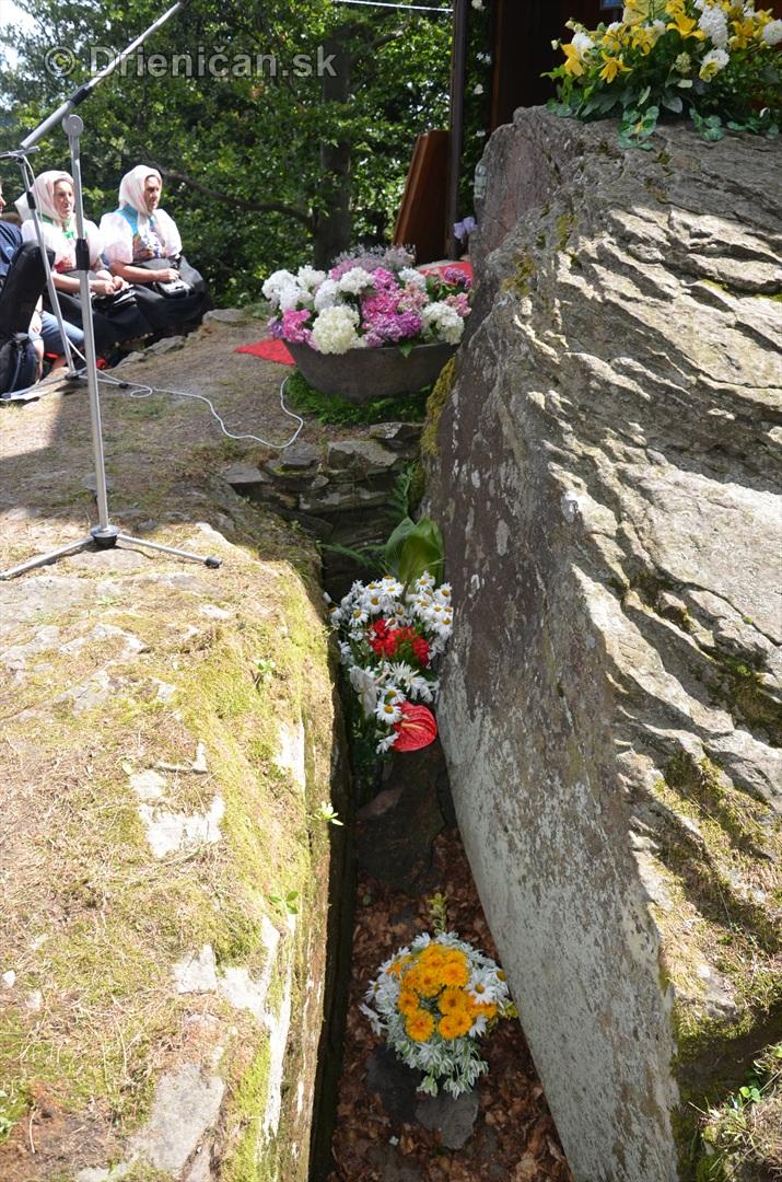 kaplnka pri oltar kameni 2013_12