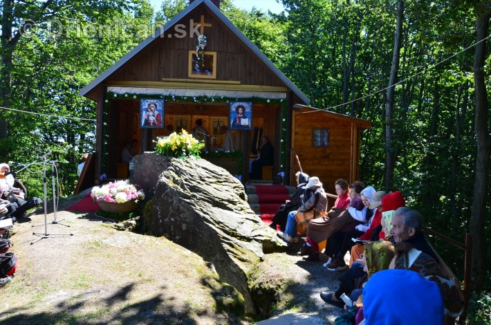 kaplnka pri oltar kameni 2013_57