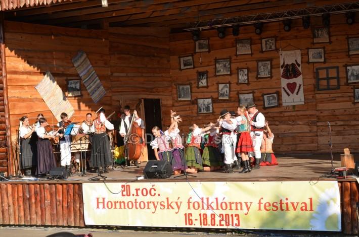 Hornotoryský folklórny festival
